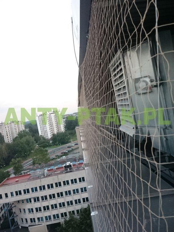 montaż_siatek_przeciwko_ptakom_Katowice_05_1_1