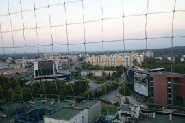 Montaż siatek zabezpieczających dach – Katowice